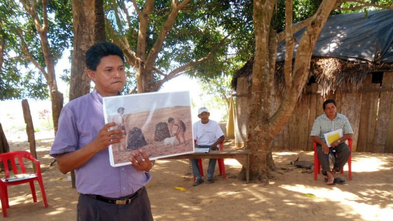 chronological foundational Bible teaching in Paraguay
