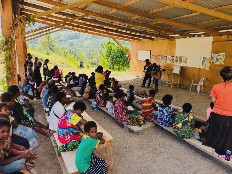 Menyan people gather to praise God and study the Bible